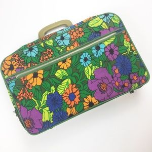 Vintage Retro Bright Floral Zip Up Overnight Bag